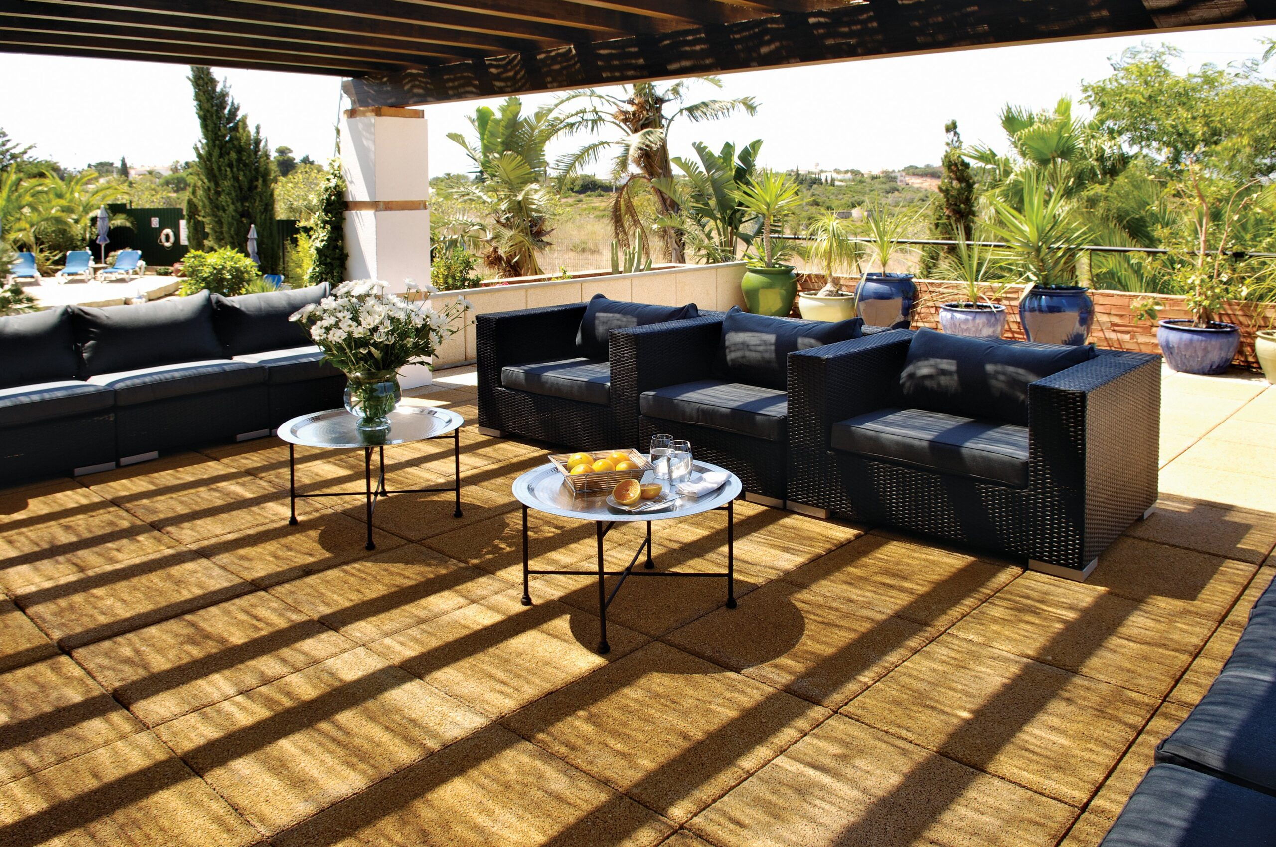 2.Portugal Boot Camp Abroad – Outside Dining Area 2